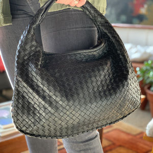 Bottega Veneta Black Woven Veneta Hobo Medium